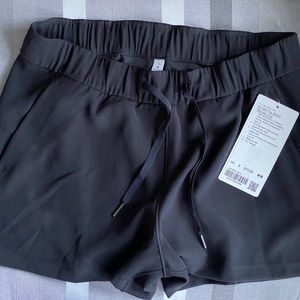 BRANDS NEW LULULEMON shorts
